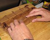 En dan alles inÈÈn rollen met behulp van de Sushi-mat!