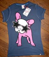 Koop een T-shirt bij de Sting en steun de Dutch Puppy Foundation!